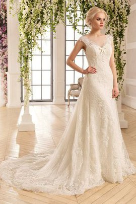 Vintage Button Chapel Train Romantic Backless Wedding Dress