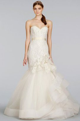 Natural Waist Pick-Ups Sweep Train Lace Wedding Dress