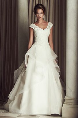 Chic & Modern Cascading Ruffle Short Sleeves V-Neck Lace Wedding Dress