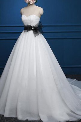 A-Line Sashes Sweetheart Capped Sleeves Natural Waist Wedding Dress
