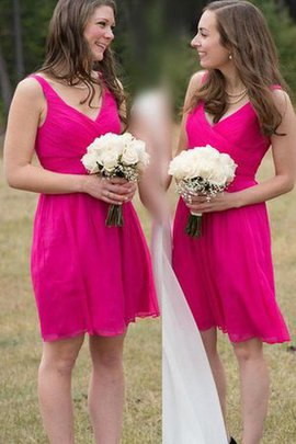 Chiffon Sleeveless Short Pleated Zipper Up Bridesmaid Dress