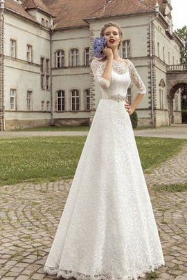 Scalloped-Edge Crystal Lace Sashes Simple Wedding Dress