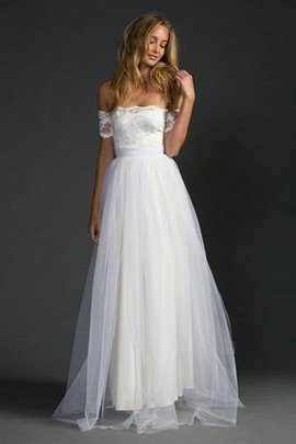 Bow Floor Length Vintage Informal & Casual Lace Wedding Dress