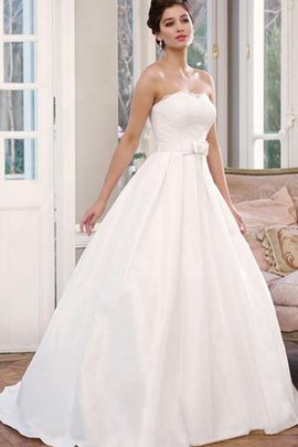 Sleeveless Elegant & Luxurious Appliques Bow Satin Wedding Dress