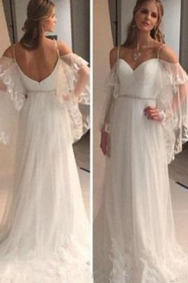 Beach Tulle Sweep Train Spaghetti Straps Sleeveless Wedding Dress