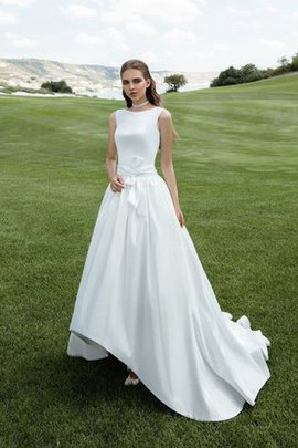 Satin Bateau Elegant & Luxurious Court Train Wedding Dress