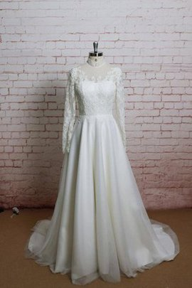 Draped Lace Fabric Appliques Chiffon Vintage Wedding Dress
