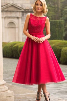 Lace Fabric Pleated Modest Bateau Tulle Bridesmaid Dress