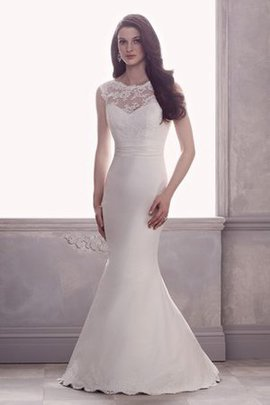 Elegant & Luxurious Flowers Floor Length Court Train Church Wedding Dress