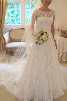 Appliques Hall Bow Romantic Alluring Elegant & Luxurious Button Wedding Dress