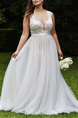 Plus Size Embroidery Hot Sale Lace Fabric Natural Waist Outdoor Pleated Wedding Dress