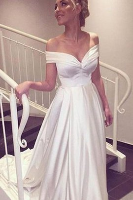 Short Sleeves Court Train Off The Shoulder Sweetheart Sexy Wedding Dress