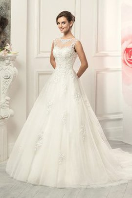 Tulle Lace Fabric Sweep Train Ball Gown Natural Waist Wedding Dress