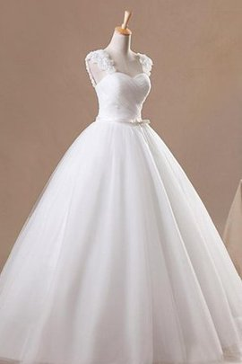 Lace Fabric Capped Sleeves Spaghetti Straps Flowers Tulle Wedding Dress