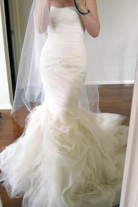 Ruffles Court Train Romantic Chic & Modern Sexy Wedding Dress