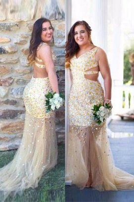 Tulle Sequins Sleeveless Sweep Train Plus Size Prom Dress