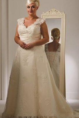 Sweep Train Short Sleeves Lace V-Neck Wedding Dress
