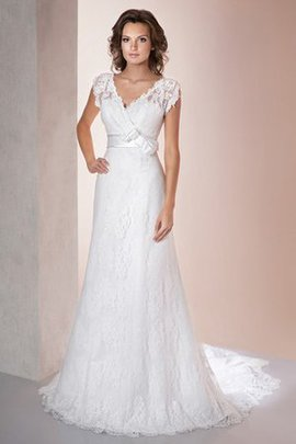 Sexy Lace Court Train Sashes Elegant & Luxurious Wedding Dress