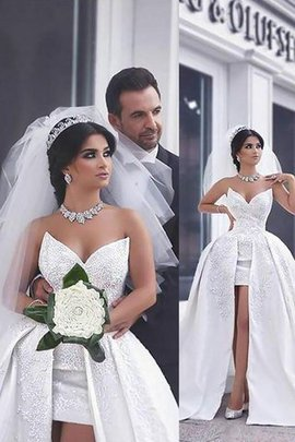 Natural Waist Chapel Train Beading Ball Gown Sleeveless Wedding Dress