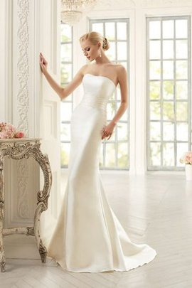 Sweetheart Beach Watteau Train Mermaid Chic & Modern Wedding Dress