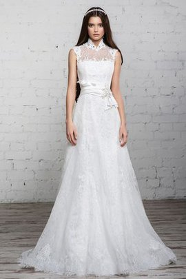 Long A-Line Vintage Lace Floor Length Wedding Dress