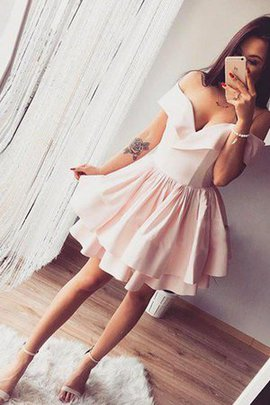 Hot Sale Ruffles Princess Short Off The Shoulder Sleeveless Natural Waist Homecoming Dress