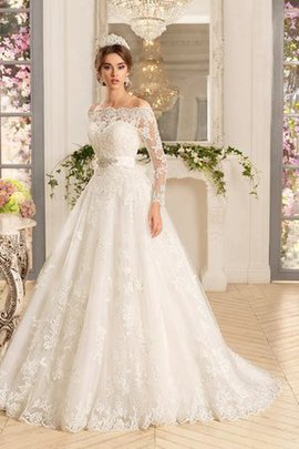 Sweetheart Off The Shoulder A-Line Elegant & Luxurious Sleeveless Wedding Dress