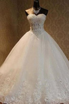 Hourglass Ball Gown Sweetheart Pleated Embroidery Excellent Modest Wedding Dress