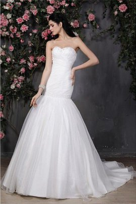 Sweetheart Mermaid Chapel Train Pleated Ruffles Wedding Dress