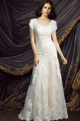 Romantic Zipper Up A-Line Elegant & Luxurious Wedding Dress