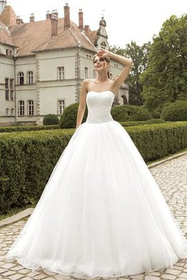 Simple Natural Waist Ball Gown Tulle Sweep Train Wedding Dress