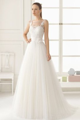 Romantic Court Train Hall Simple Natural Waist Wedding Dress