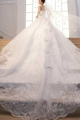 Sleeveless Vintage Lace Romantic Beading Wedding Dress
