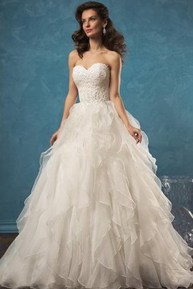 Sleeveless Sweetheart Lace Backless Ball Gown Wedding Dress