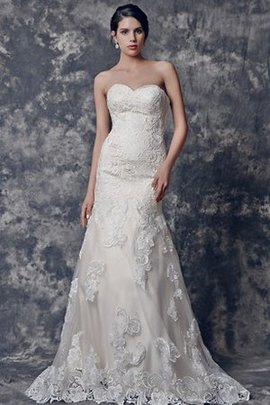 Simple Mermaid Natural Waist Appliques Lace Wedding Dress
