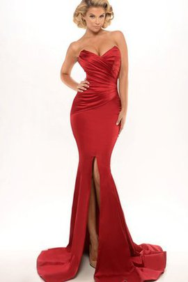 Sweep Train Sleeveless Ruched Floor Length Sweetheart Evening Dress