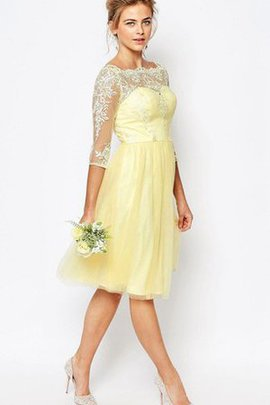 Bateau Knee Length Sleeveless Tulle Appliques Bridesmaid Dress