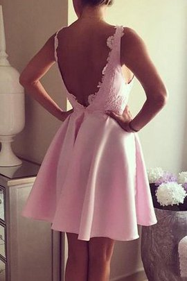 Informal & Casual Appliques Sexy Chic & Modern Short Homecoming Dress