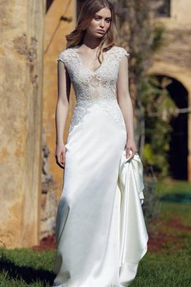Floor Length Sexy Capped Sleeves Appliques Natural Waist Wedding Dress