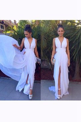 V-Neck Empire Waist Pleated Sleeveless Backless Bridesmaid Dress