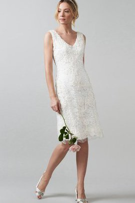 Sleeveless Knee Length Zipper Up Simple Lace Wedding Dress