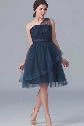 Tulle Short A-Line One Shoulder Appliques Bridesmaid Dress