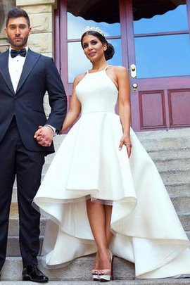Organza Chic & Modern Floor Length Pleated Zipper Up Wedding Dress