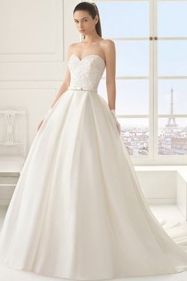 Ball Gown Pear Sleeveless Outdoor Beading Wedding Dress