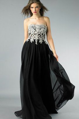 Appliques A-Line Strapless Backless Natural Waist Prom Dress