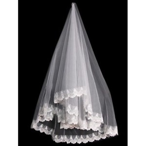 Lace Hem Wonderful Short Wedding Veil - 1