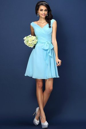 Zipper Up A-Line V-Neck Short Bridesmaid Dress - 3