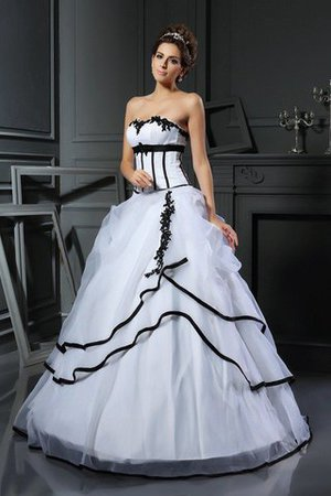Floor Length Natural Waist Satin Sweetheart Appliques Wedding Dress - 1