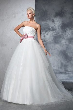 Empire Waist Court Train Accented Bow Ball Gown Strapless Wedding Dress - 5