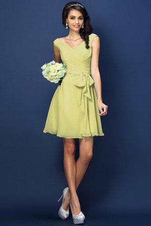 Zipper Up A-Line V-Neck Short Bridesmaid Dress - 8